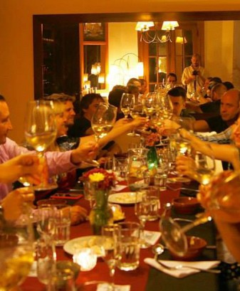 Wine-Tasting-Buenos-Aires-Cheers